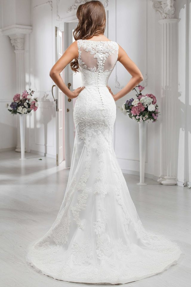 10 most beautiful wedding dresses in the world