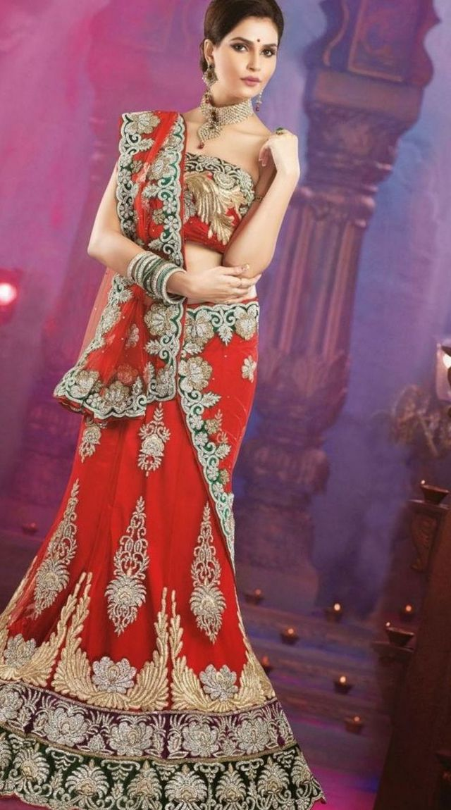Designer Indian Dresses For Wedding Party