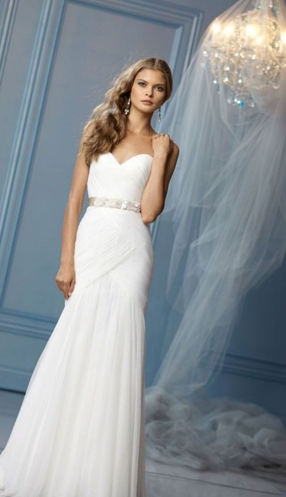 Elegant Dresses For Wedding Picture