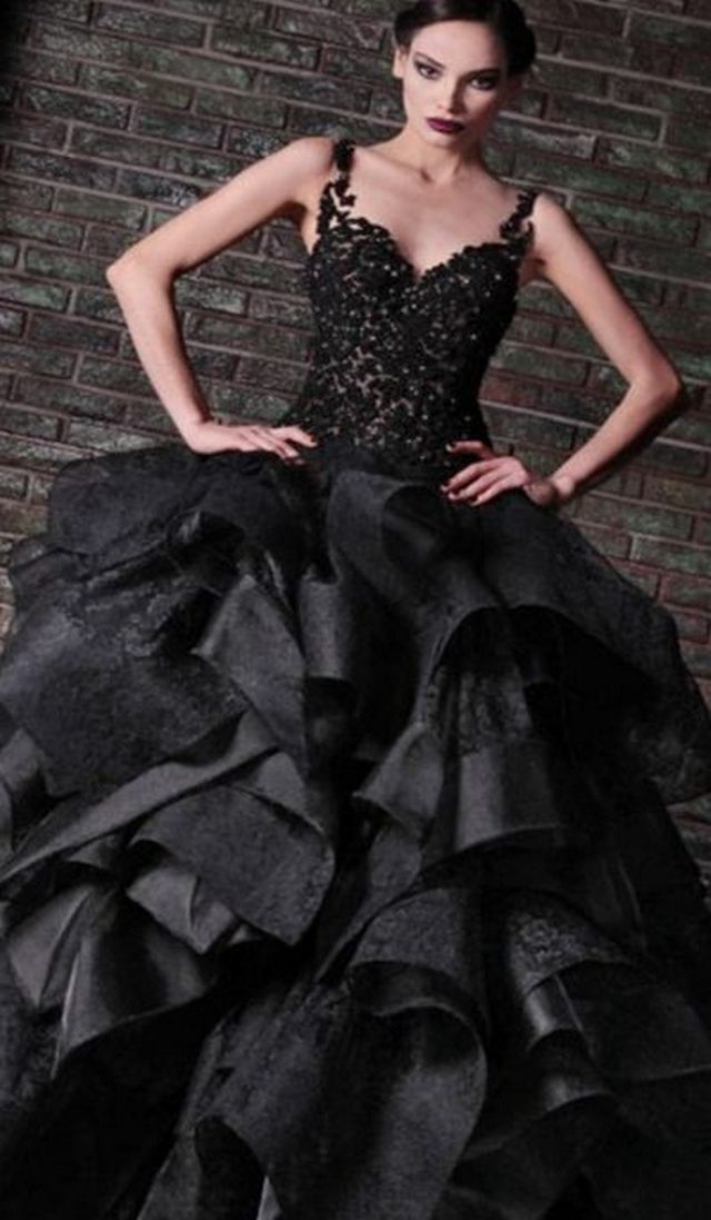 Floor Length Tired black wedding dresses