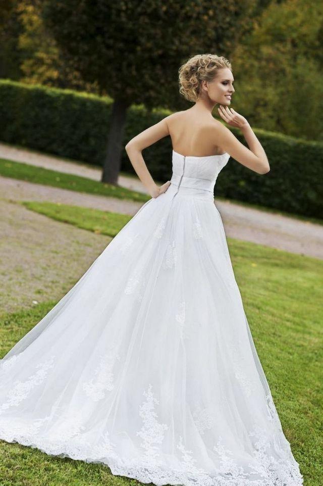 Sexy Elegant Bridal DressesImage