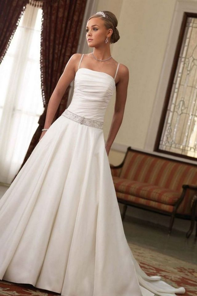 Simple but elegant wedding gowns for Most elegant wedding dresses