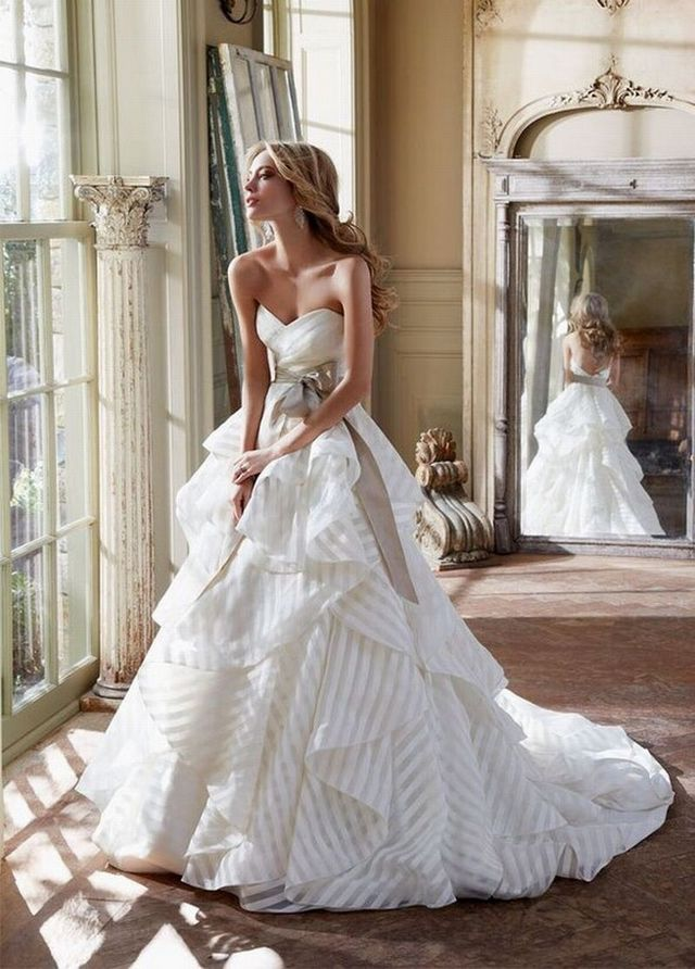beautiful designer wedding dresses image