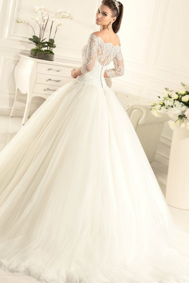 beautiful puffy wedding dresses