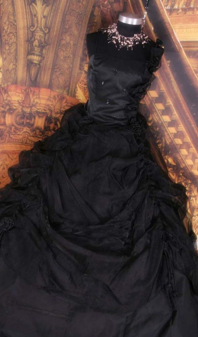 black wedding dress photo