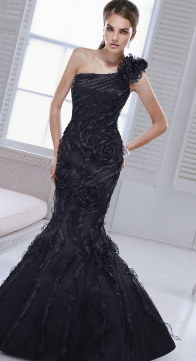 black wedding dress picture