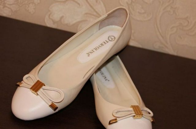 blue and white ballet flats wedding
