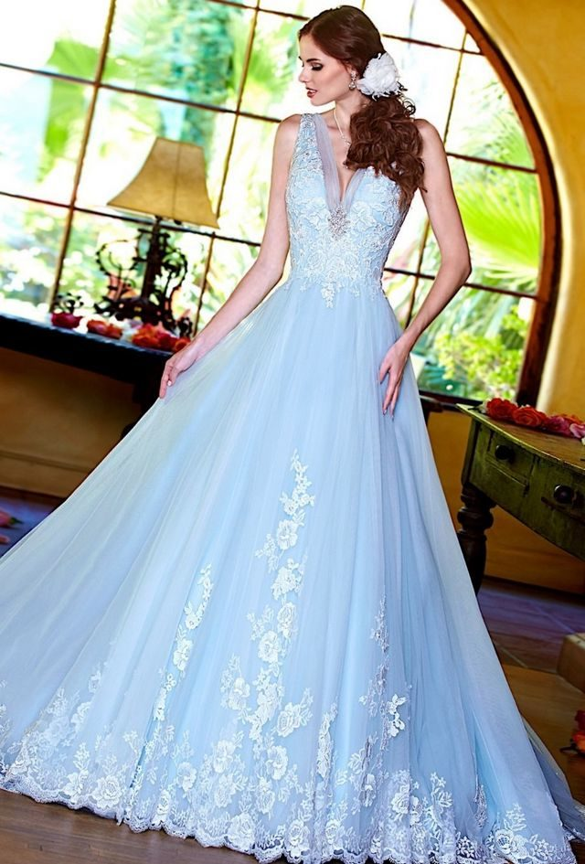 blue wedding dress picture