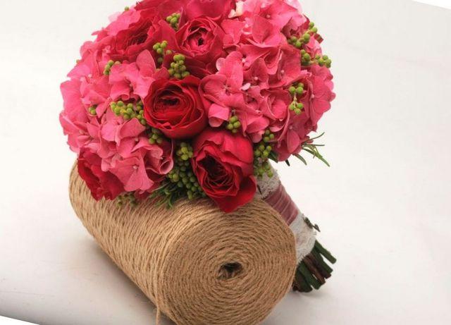 bridal bouquet hydrangea calla lily