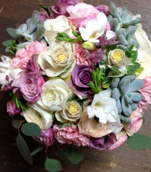 bridal bouquets freesias and roses