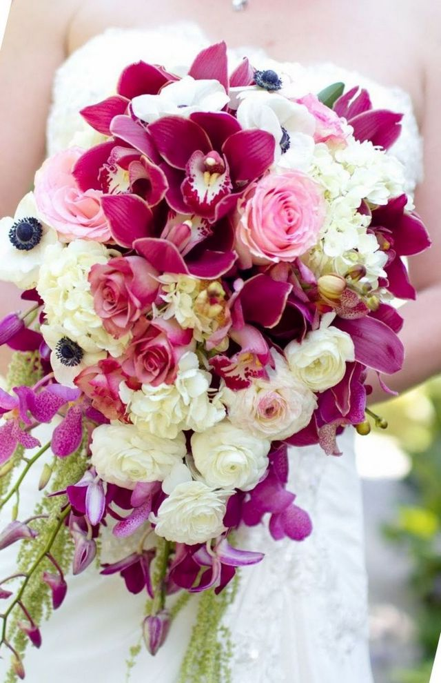 bridal bouquets purple hydrangeas