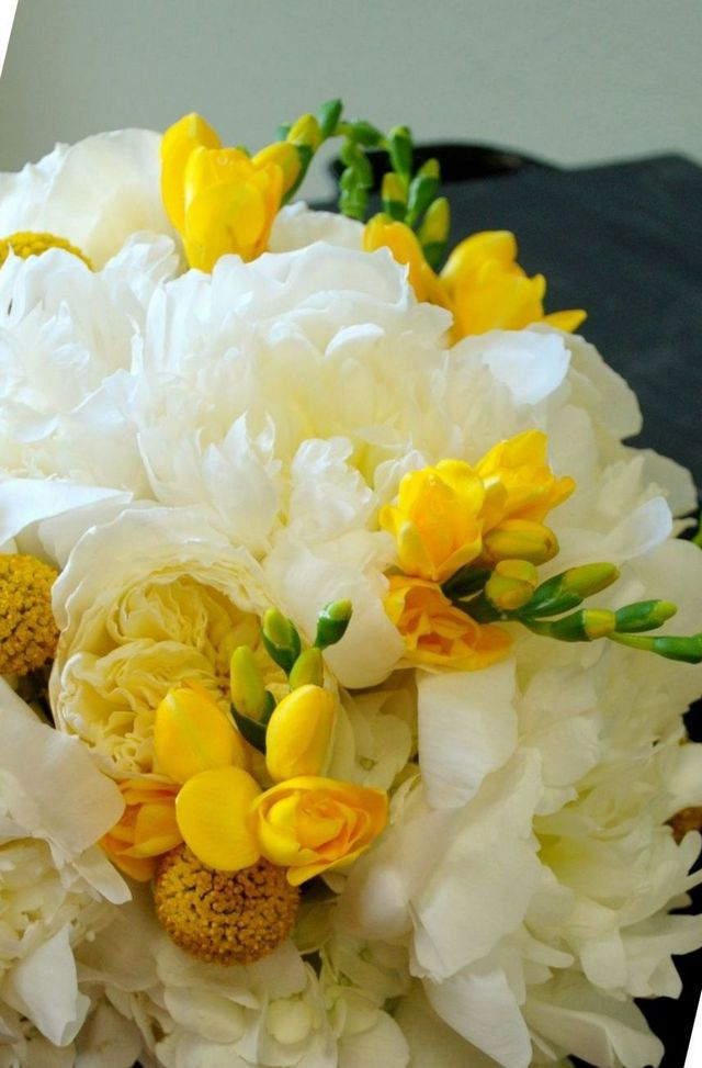 bridal bouquets using freesias
