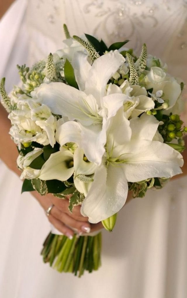 bridal bouquets with tiger lilies