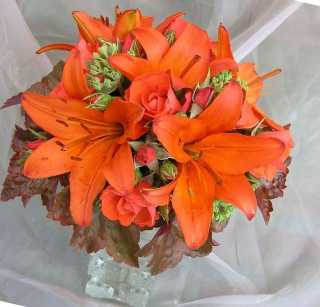 bridal flowers orange calla lilies