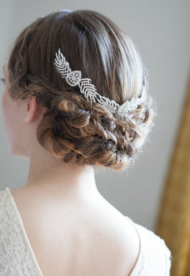 bridal hairstyle for medium length hair