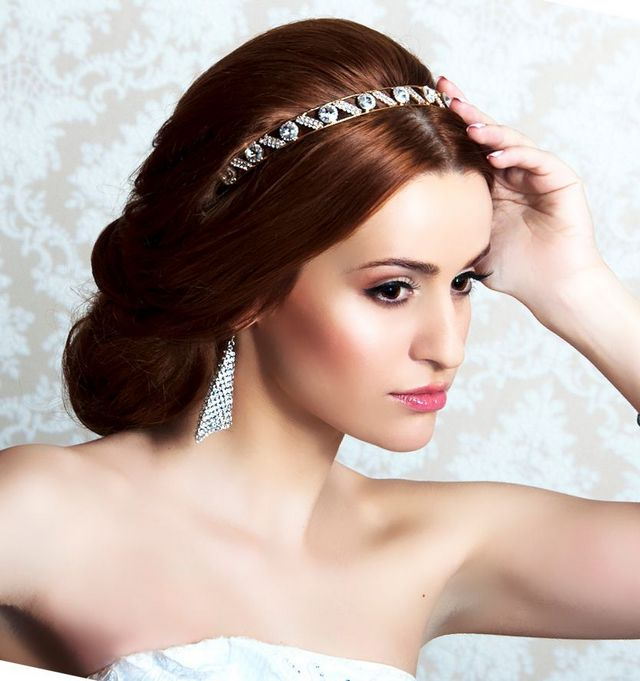 bridal hairstyles with diadem picture