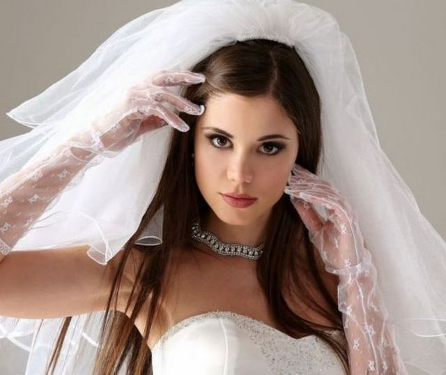 bridal hairstyles with long veil