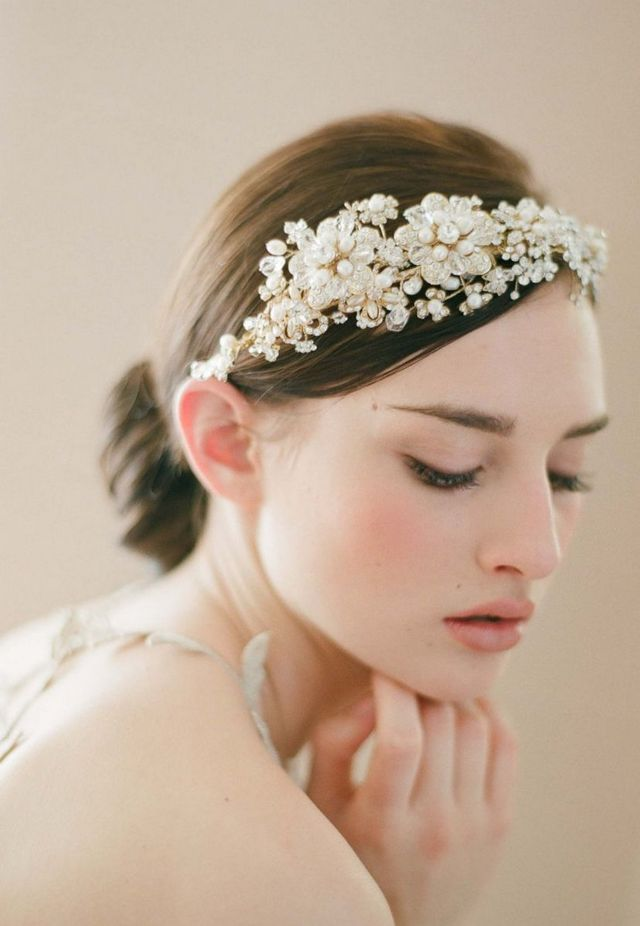 bridal updos for diadems