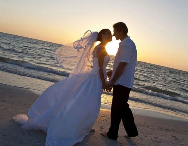 casual beach wedding dresses