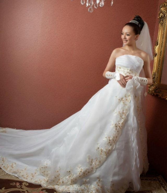 cheap wedding dresses with long trains