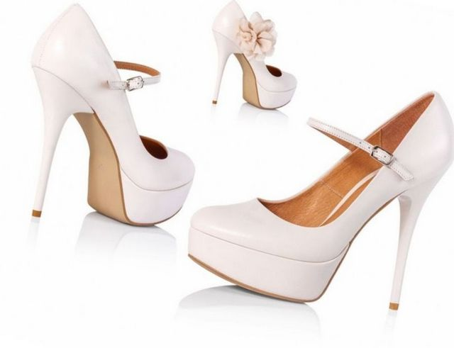 cream high heel wedding shoes