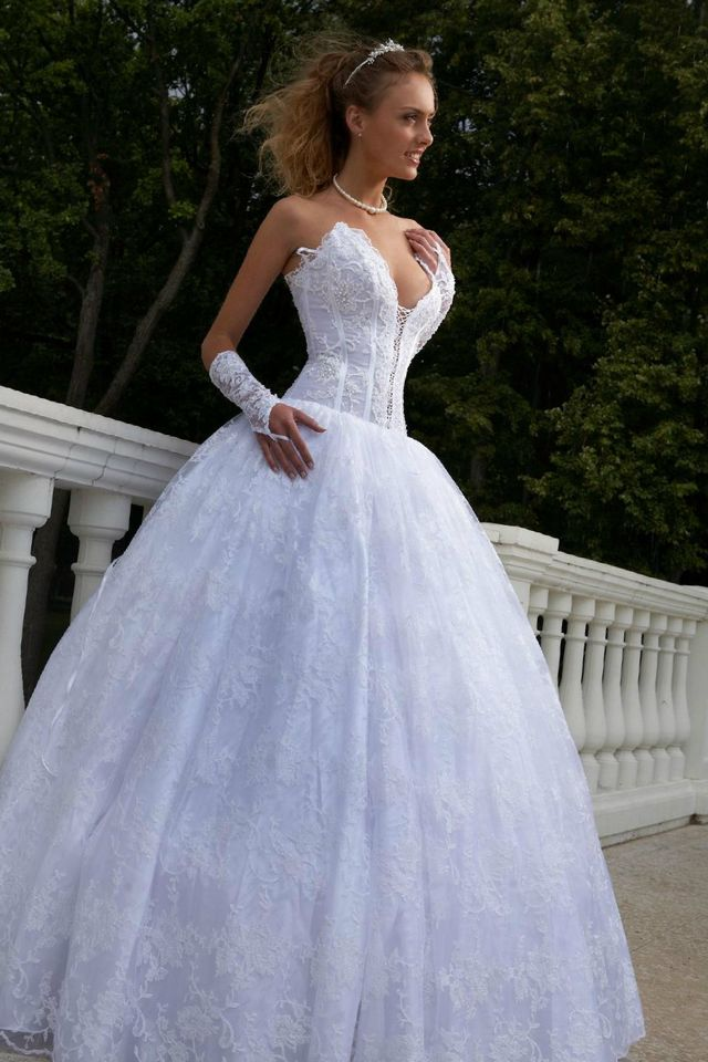 crystal puffy wedding dresses