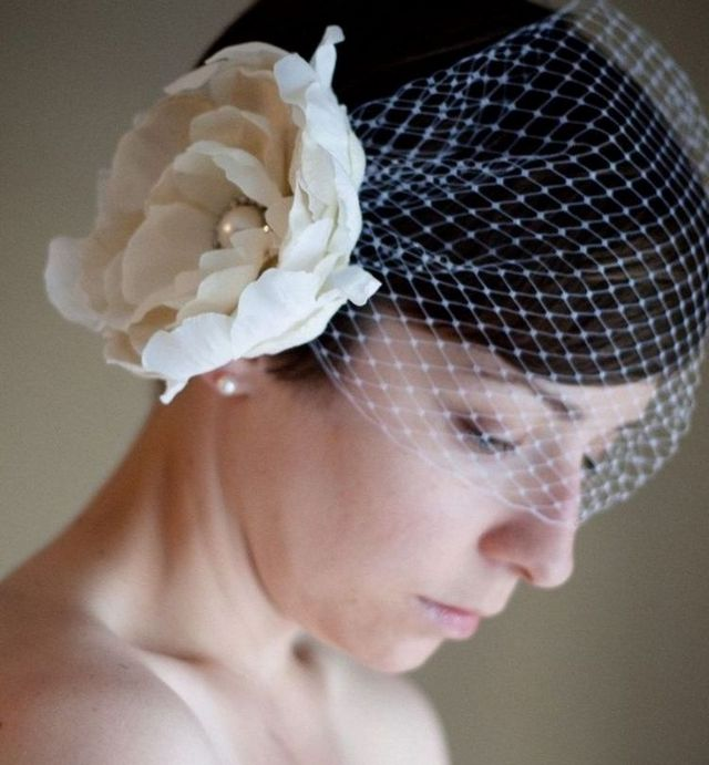 cute mini wedding veils photo