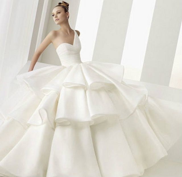 elegant puffy wedding dresses