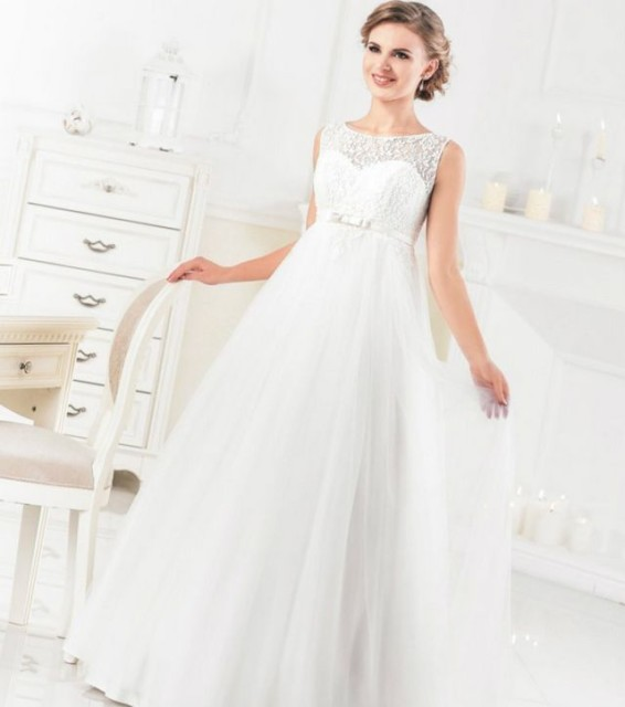 elegant wedding dresses for pregnant brides