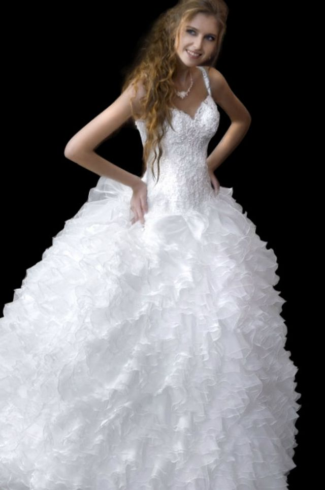 extremely puffy wedding dresses