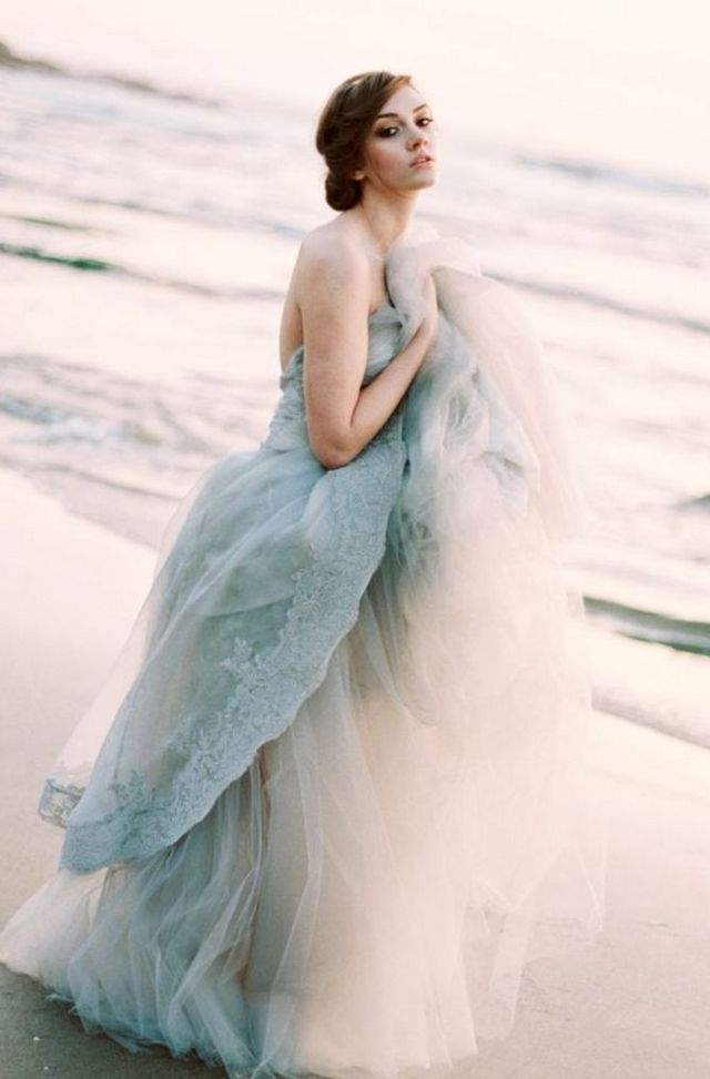 flowing beach wedding dresses