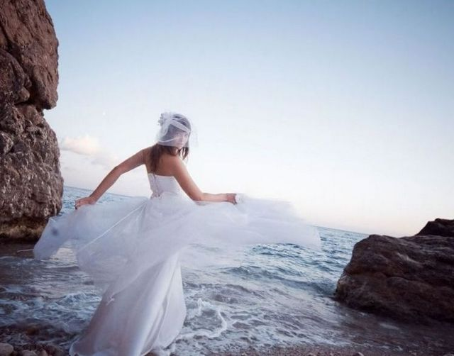 formal beach wedding dresses