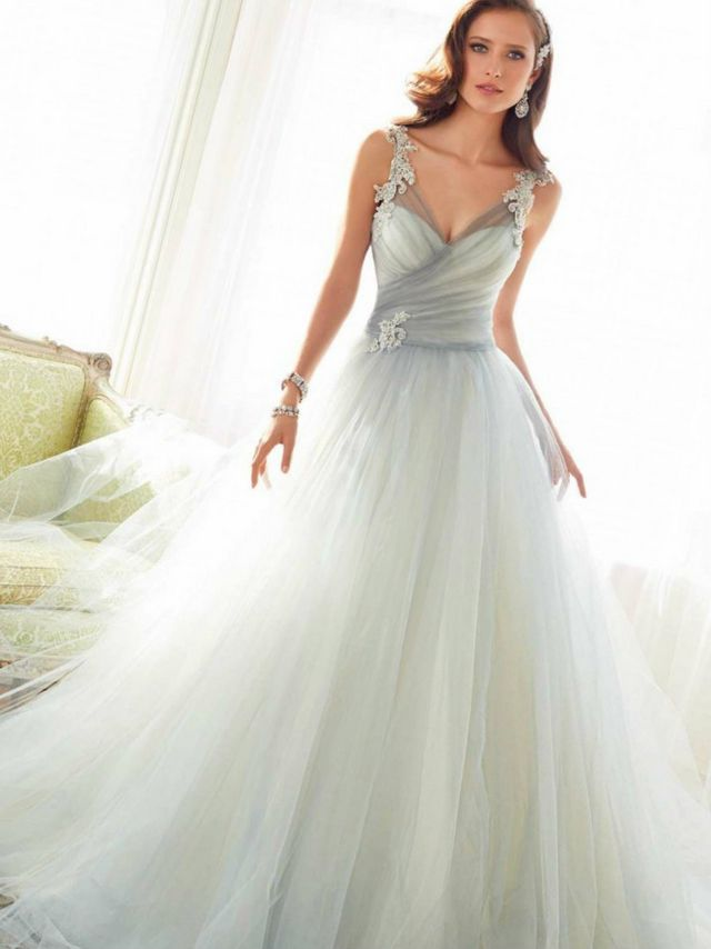 Grey wedding dresses for Gray dresses for a wedding