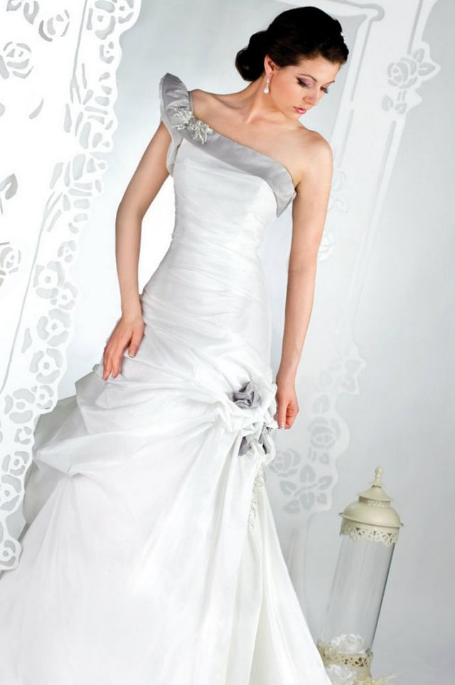 gray wedding dresses