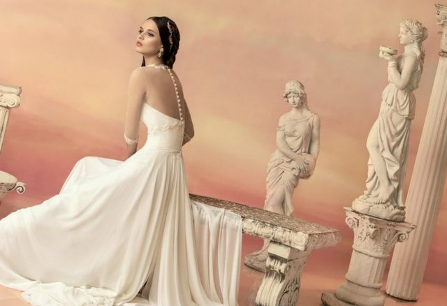 greek and roman wedding dresses