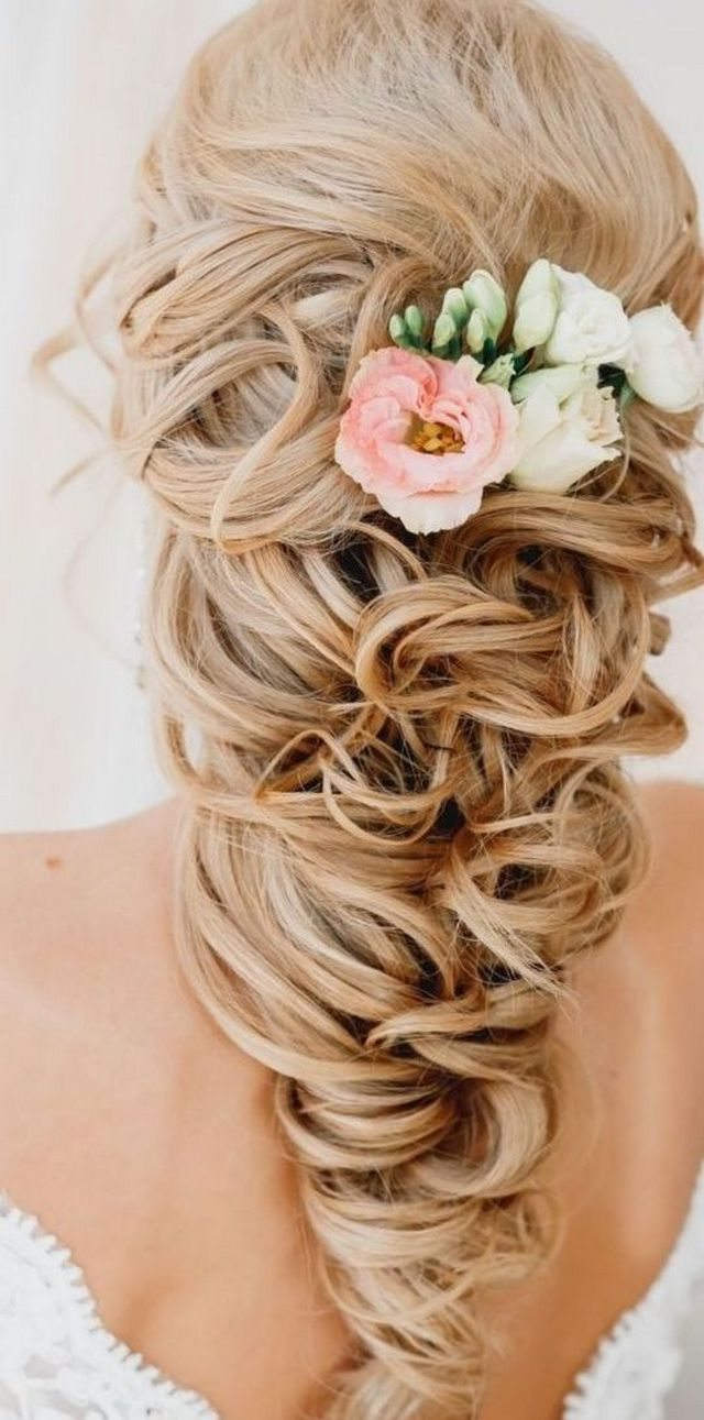 Greek Goddess Hairstyles For Bride