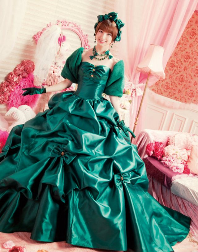 green wedding gowns photo