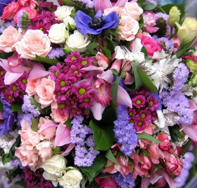 how to choose bridal flowers