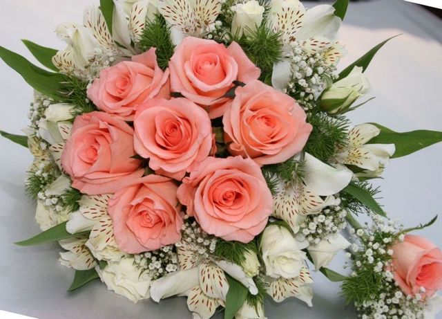 how to make a bridal bouquet last longer