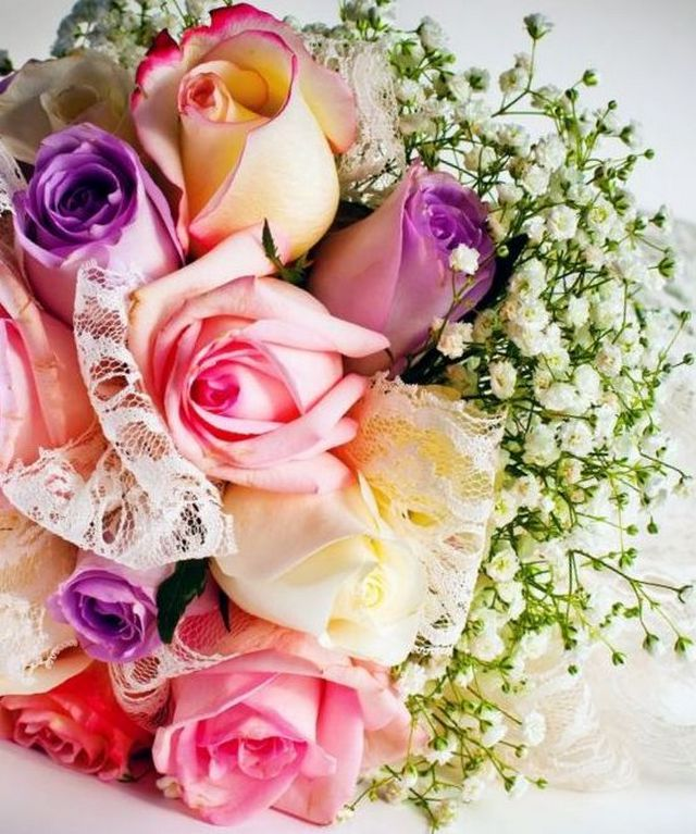 how to make a bridal bouquet of brooches