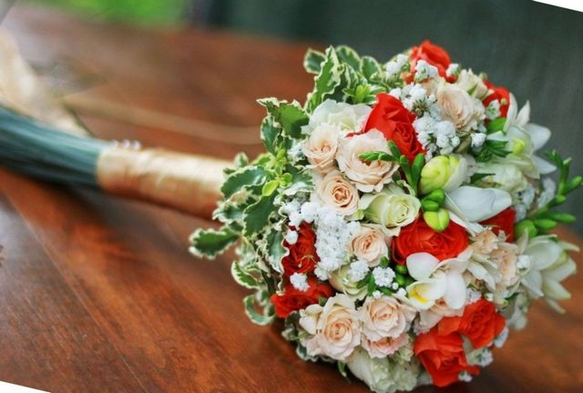 how to make a bridal bouquet teardrop