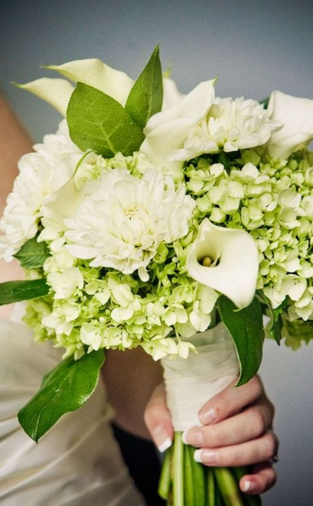 how to make a bridal bouquet using hydrangeas