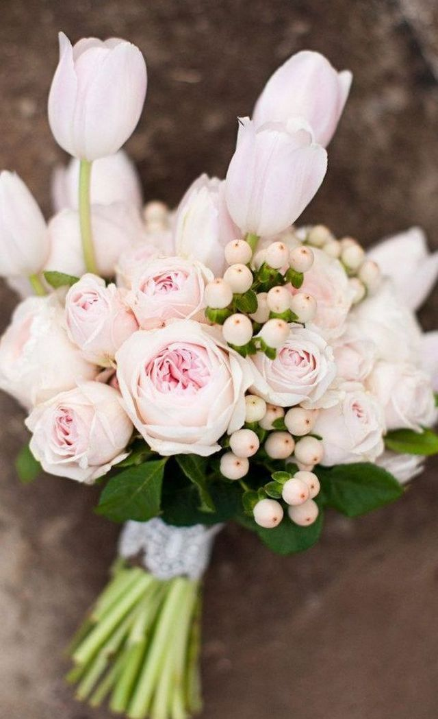 how to make a wedding bouquet with tulips
