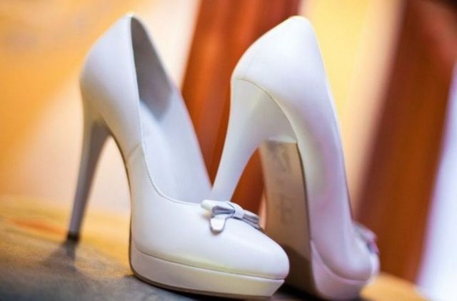 ivory high heels wedding shoes