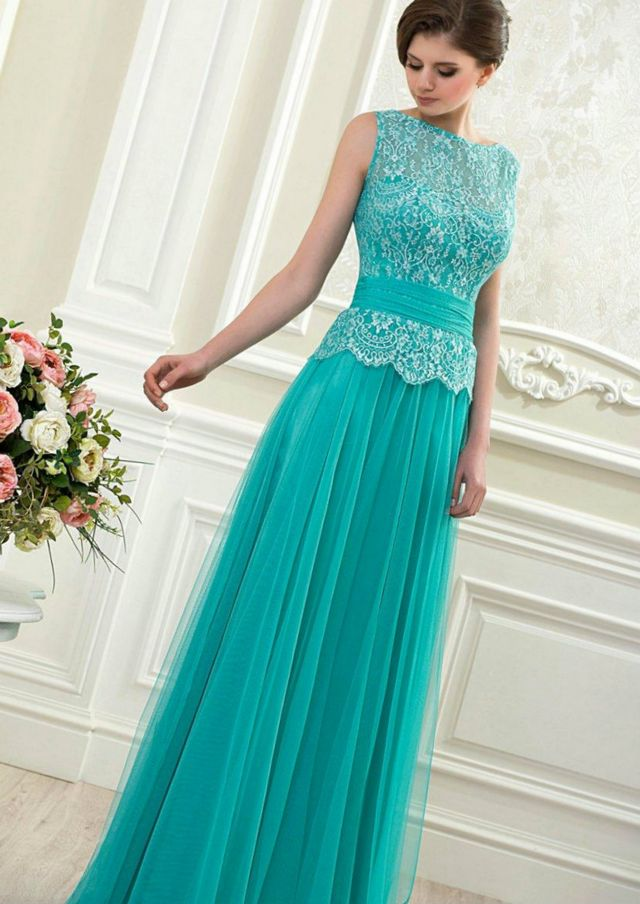 lace turquoise wedding gown