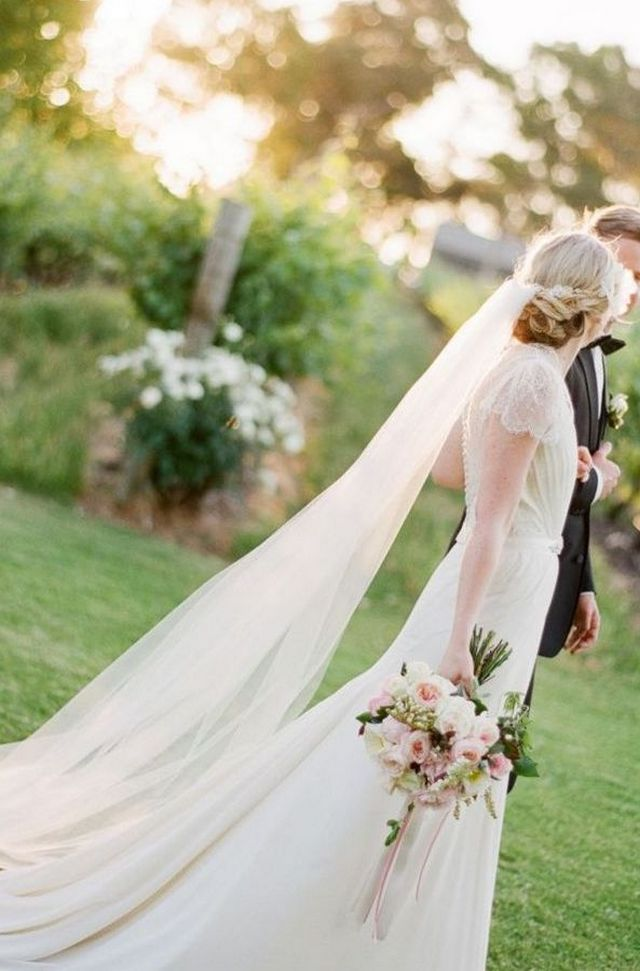 long bridal veils photo