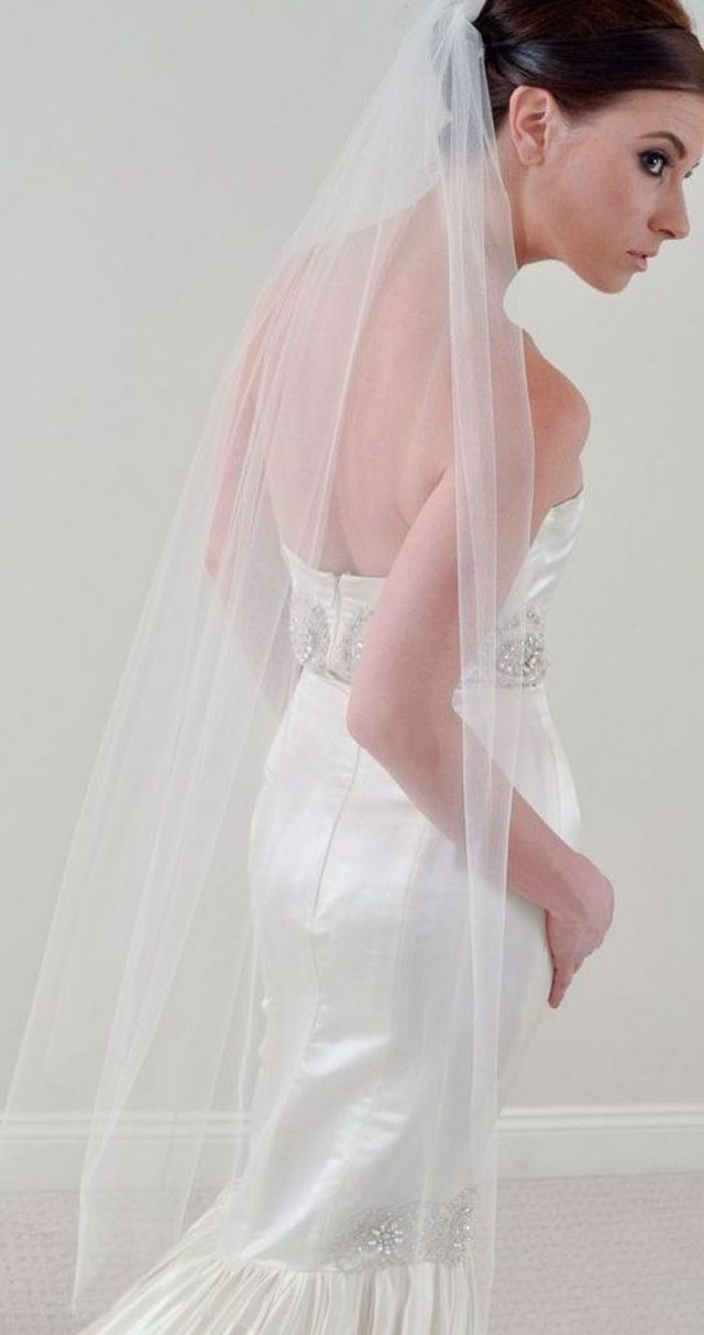long bridal veils with alencon lace