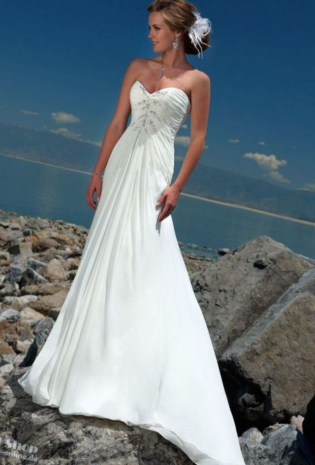 long dresses for beach wedding