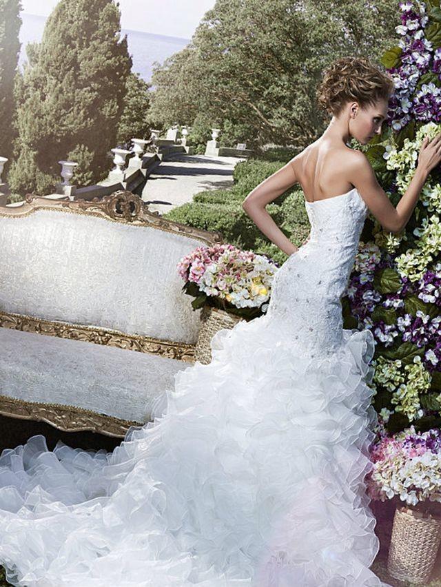 long train wedding dresses design