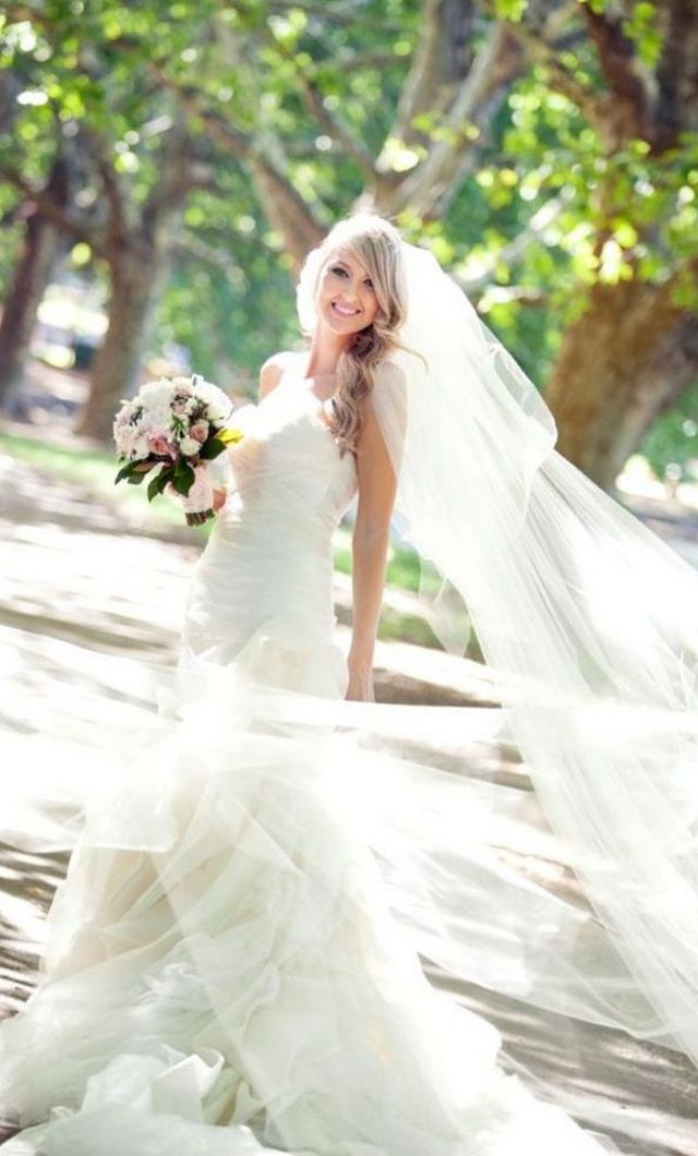 long wedding veils with crystals